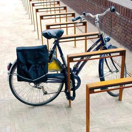2138-corten-fietsbeugel-70-cm-te-dordrecht-niet-vierkant